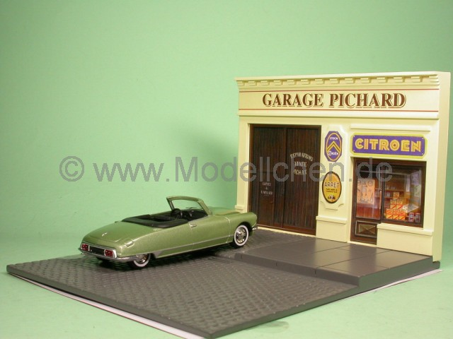 Citroen garage modellauto diorama norev 1 43 for Garage citroen bourg de peage