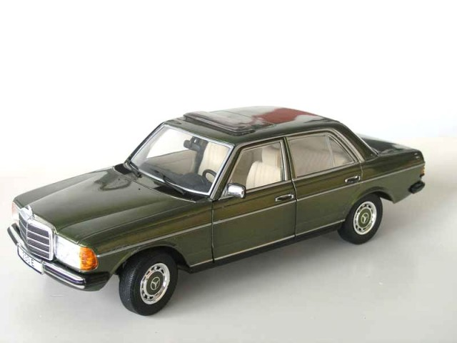 Minichamps  Mercedes E