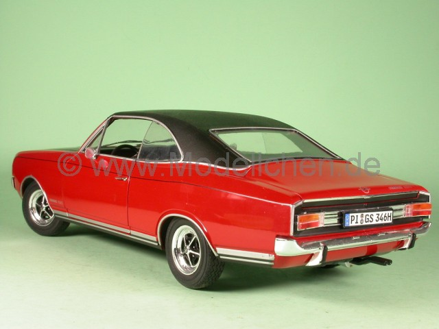 opel commodore coupe gs e rot modellauto revell 1 18. Black Bedroom Furniture Sets. Home Design Ideas