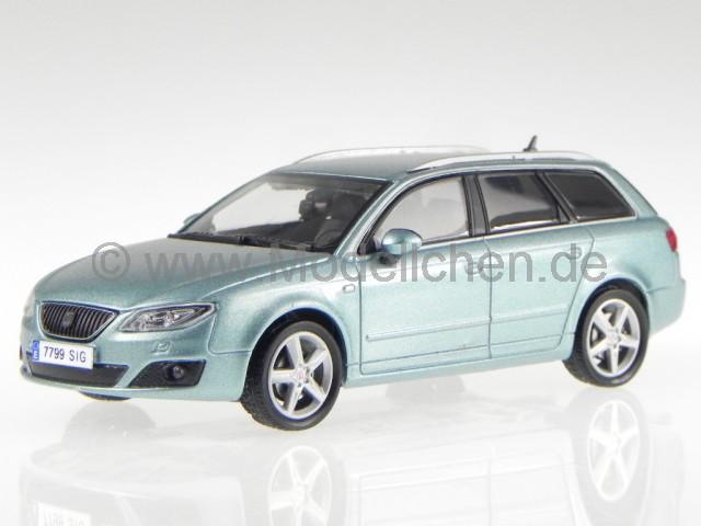 seat exeo st kombi nayara blau modellauto 1 43. Black Bedroom Furniture Sets. Home Design Ideas