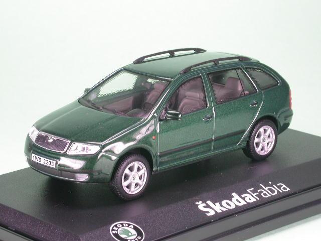 Fabia Combi estate natur green diecast model car 143AB-004H Abrex 1/43