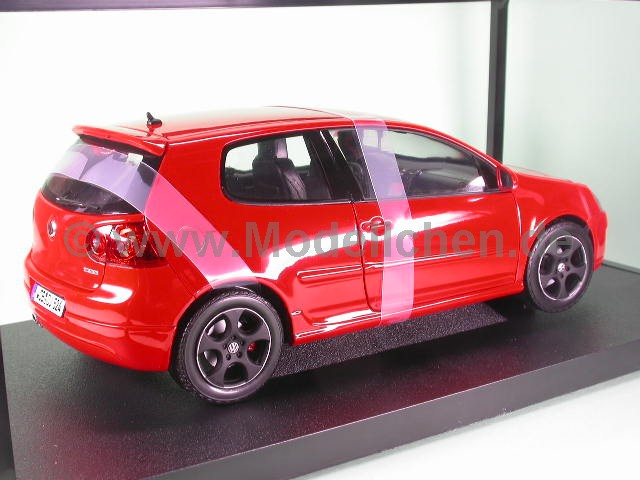 vw golf 5 gti rot modellauto norev 1 18. Black Bedroom Furniture Sets. Home Design Ideas
