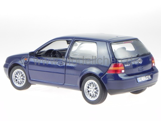 vw golf 4 2 t rer blau modellauto revell 1 18 ebay. Black Bedroom Furniture Sets. Home Design Ideas