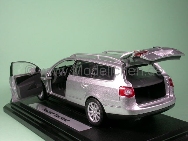 VW_Passat_Variant_B6_reflexsilber_hlo_Ga