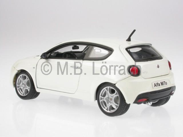 Alfa Romeo Mito White Diecast Model Car Bburago 1 24