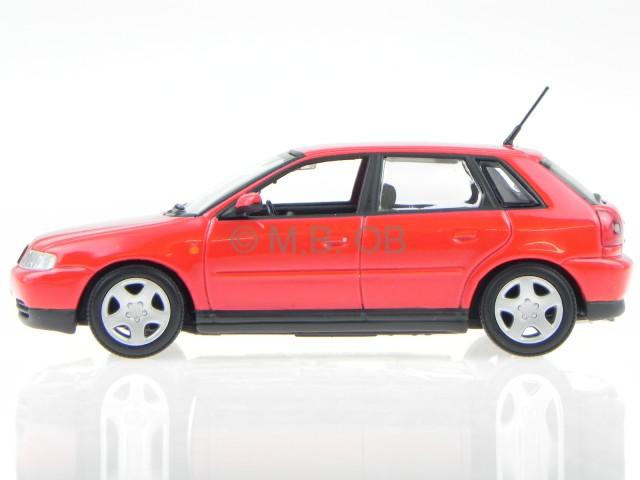 audi a3 8l 5 t rer rot modellauto minichamps 1 43 ebay. Black Bedroom Furniture Sets. Home Design Ideas