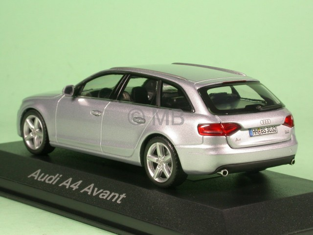 Audi A4 B8 Avant Eissilver Diecast Model Car Schuco 1 43