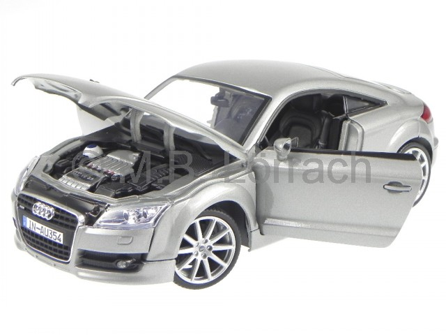 audi tt coupe 8j silber modellauto 73177 motormax 1 18 ebay. Black Bedroom Furniture Sets. Home Design Ideas