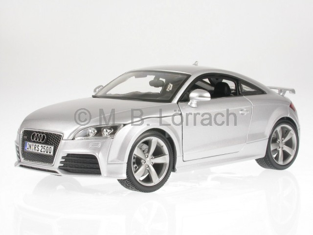 audi tt rs 8j silber modellauto 18 11031 bburago 1 18 ebay. Black Bedroom Furniture Sets. Home Design Ideas