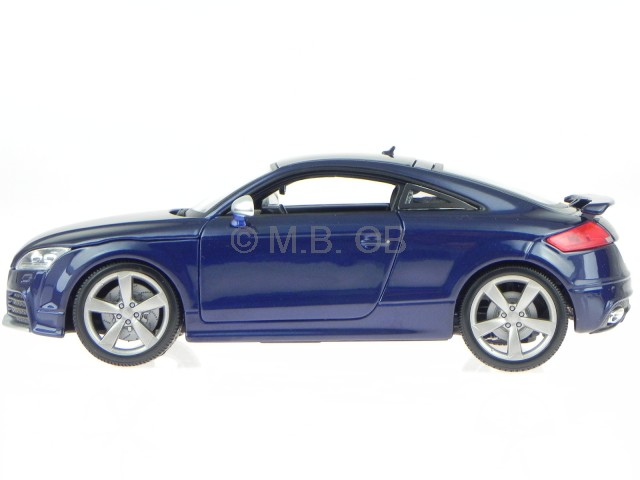 audi tt rs 8j blue diecast model car 18 11031 bburago 1 18. Black Bedroom Furniture Sets. Home Design Ideas