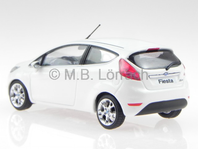 ford fiesta 2008 weiss modellauto 400088002 minichamps 1. Black Bedroom Furniture Sets. Home Design Ideas