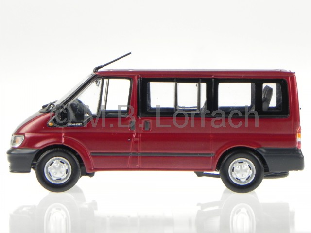 ford transit 2003 tourneo rot modellauto minichamps 1 43. Black Bedroom Furniture Sets. Home Design Ideas