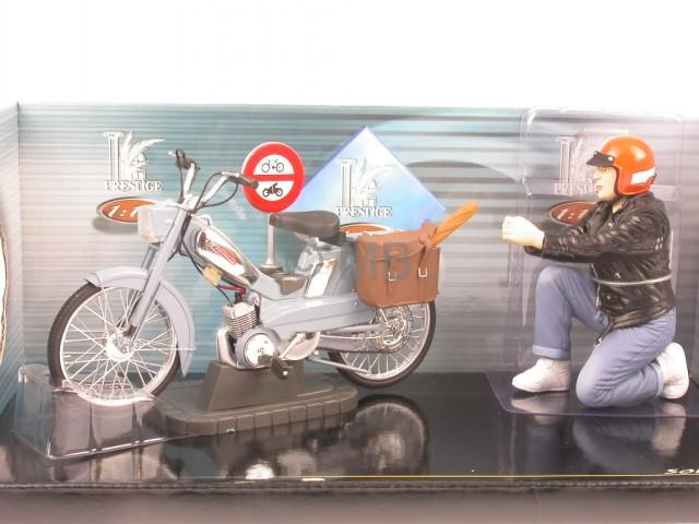 Винтажная модель мотоцикла Motobecane Mobylette Solido 1:10