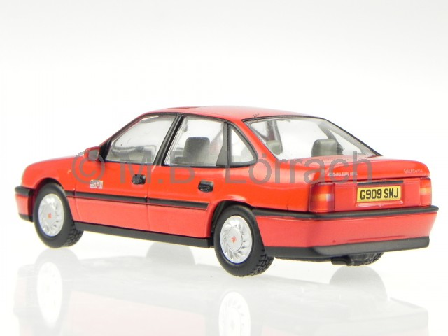 opel vectra a sri vauxhall cavalier mk3 red diecast model car 13100 vang 1 43 ebay. Black Bedroom Furniture Sets. Home Design Ideas