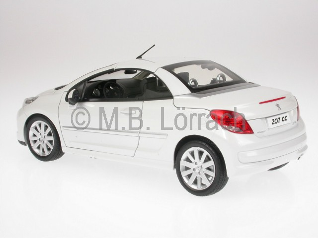 peugeot 207 cc white diecast model car 184811 norev 1 18 ebay. Black Bedroom Furniture Sets. Home Design Ideas