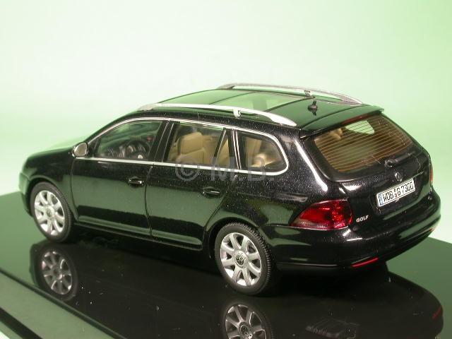 vw golf rabbit 5 variant 2008 sw diecast model car autoart 1 43. Black Bedroom Furniture Sets. Home Design Ideas