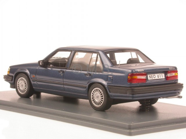 volvo 940 gle blue diecast model car neo 1 43 ebay. Black Bedroom Furniture Sets. Home Design Ideas
