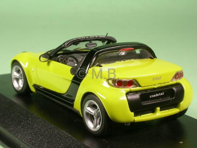 smart roadster shineyellow diecast model car minichamps 1. Black Bedroom Furniture Sets. Home Design Ideas
